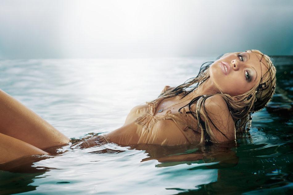 Christina Aguilera Dmk_H1_48_v01 Print