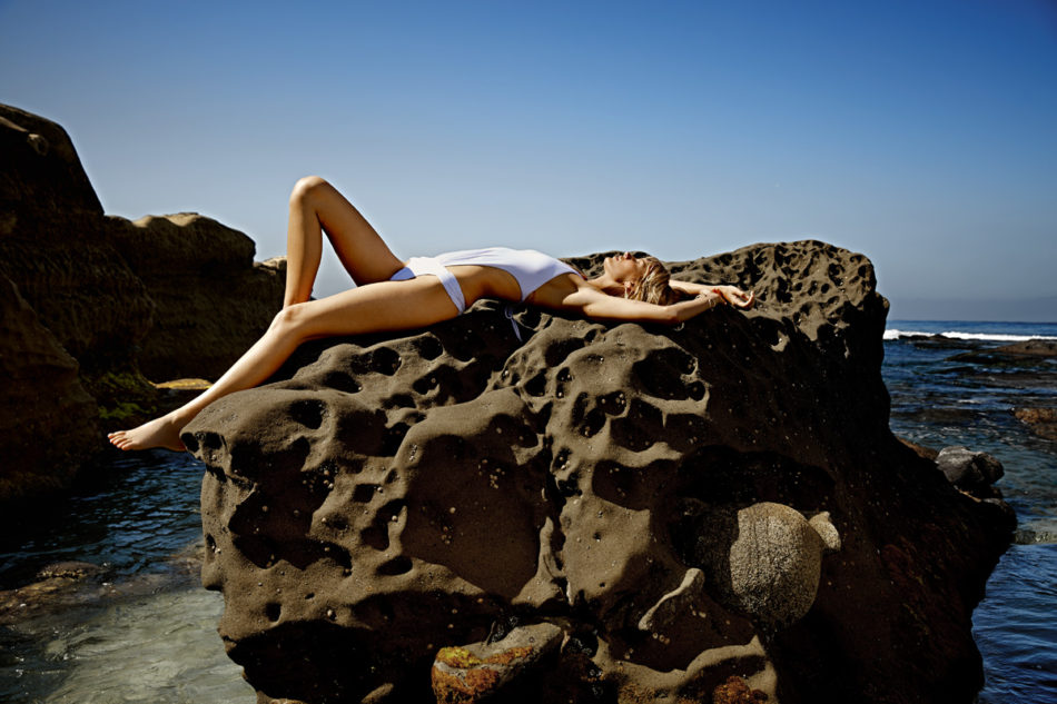 DGShot_05 - Solid White One Piece_0067_RT